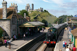 Dorset delight as steam train links pubs with fine beer and new craft brewery